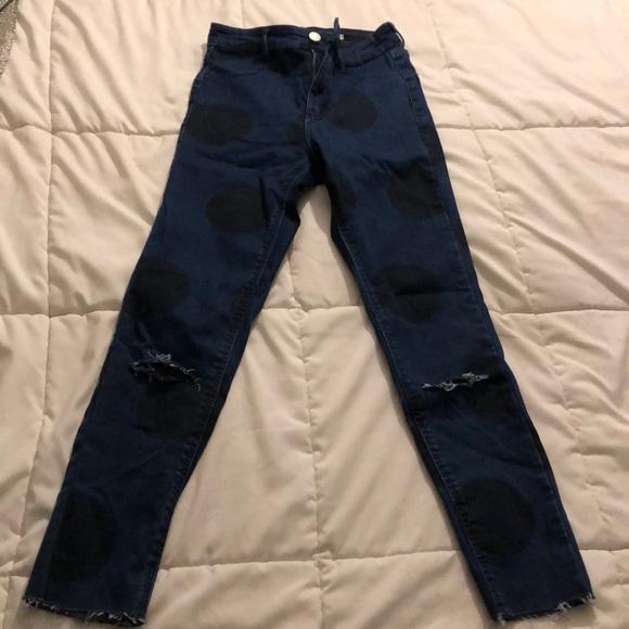 Trafaluc Denim - Ankle crop Blue Jean with Black Large Polka Dots